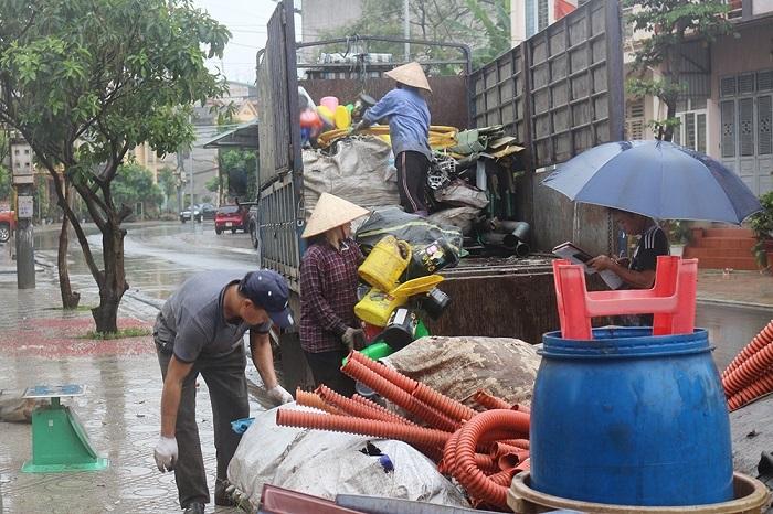 Thu mua phế liệu giá cao quận Tân Bình
