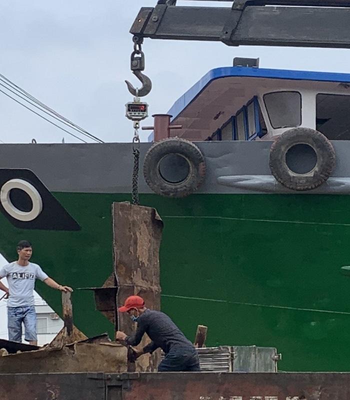 thu mua tàu cũ