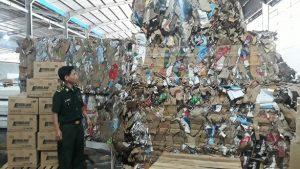 Phế liệu nhập lậu từ Campuchia